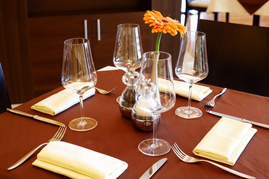 Best Restaurant Tables